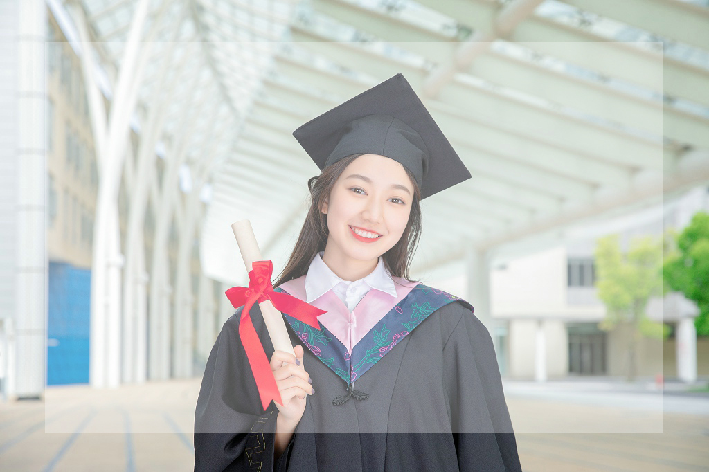 重庆市留学辅导中介费用