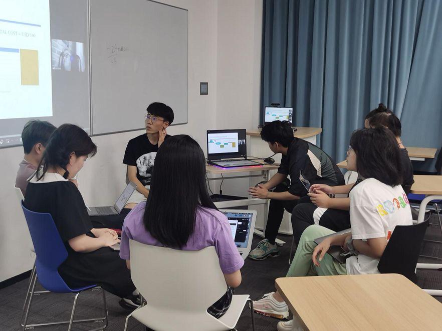 疫情下的网红时代社交媒体和数字媒体研究课程